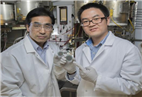 Turbocharging fuel cells with a multifunctional catalyst