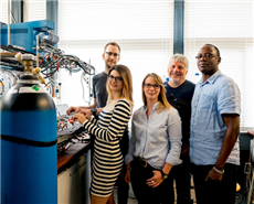 The team at the Center for Electrochemical Sciences at Ruhr-Universitat Bochum: Stefan Barwe, Dr Corina Andronescu, Sandra Moller, Prof Dr Wolfgang Schuhmann and Dr Justus Masa (from left to right).