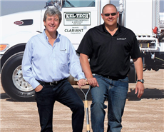 The ground-breaking activities were performed by Jon Rogers, global head of BL oil (L), and Frankie Keller, regional manager mid-continent (R), both of Clariant's business unit oil & mining services (