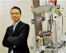 SFU Mechatronic Systems Engineering professor Woo Soo Kim.