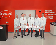 The Adhesives General Industry North America leadership team celebrates the official opening of the new OEM Application Center in Rocky Hill, USA.