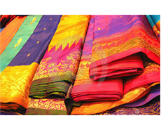 Demand for banana fibre saris on the rise